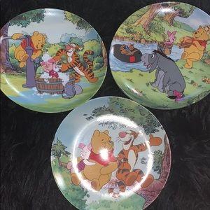 3 Disney plates